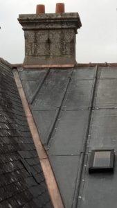 Rénovation-toiture-plomb-Château-de-Kerlut-4-169x300