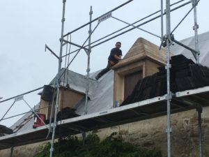 rénovation-toiture-corps-de-ferme-ardoise-1-1-300x225