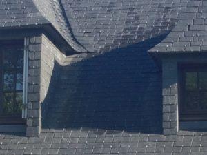rénovation-toiture-maison-ardoise-Pont-Labbé-4-300x225